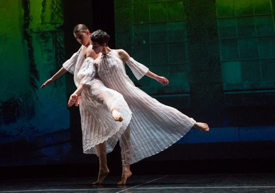 Emily Stone (L) and Cori Kresge in a rare moment of contact in Trisha Brown's Glacial Decoy. Photo: Yi-Chun Wu