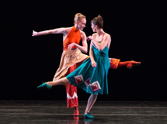 Kaitlyn Gilliland (L) and Eva Trapp confer in Country Dances. Photo: Yi-Chun Wu