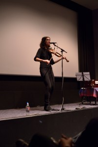 jenny fiddling singing