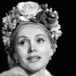 Zsa Zsa Gabor, Glamorous Actor Who Ended Up Famous For Being Famous, Has Died At 99