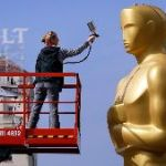 Advertisers Buy All Of The Oscars' Ad Time, Expecting Political Speeches
