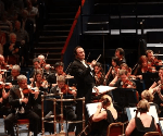 A New App Sends Notes On The Music To Your Phone While The Orchestra Plays