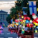 Artist To Swarm Philly's Ben Franklin Parkway With Lantern-Covered Pedicabs