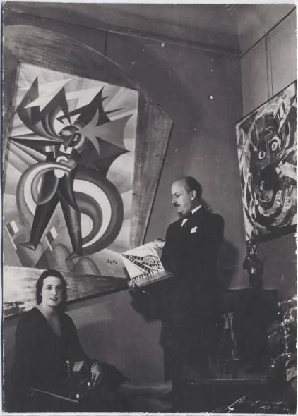 Roma, Filippo Tommaso Marinetti e Benedetta Cappa nel loro appartamento in Villa Adriana, 1932, Yale University Library, Beinecke Rare Book and Manuscript Library.