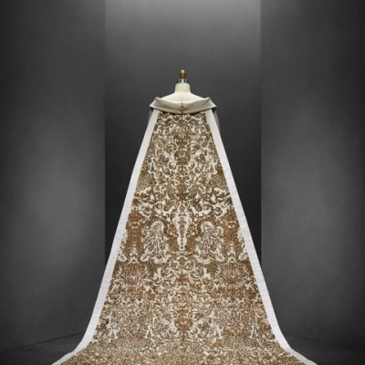 Manus x Machina: Fashion in an Age of Technology Guided Tour Metropolitan Museum of Art Costume Institute Art Tours
