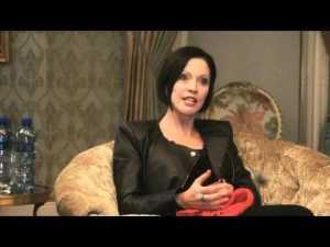 Carolyn Steyn (source YouTube)