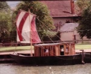 Monet Floating Studio