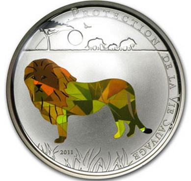 """Того, 100 франков из серебра. """"Призматический лев"""", как и 3D бабочка, уступили QR-коду"""