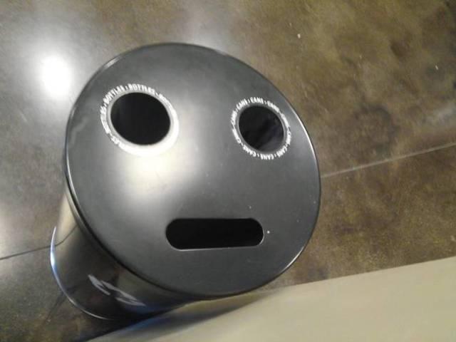 Забавные вещи с лицом человека