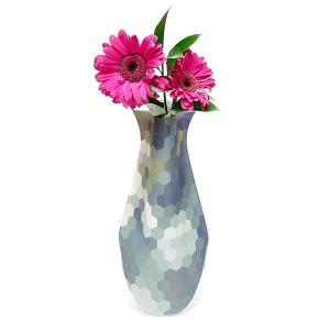 BizzyB Collapsible Vase