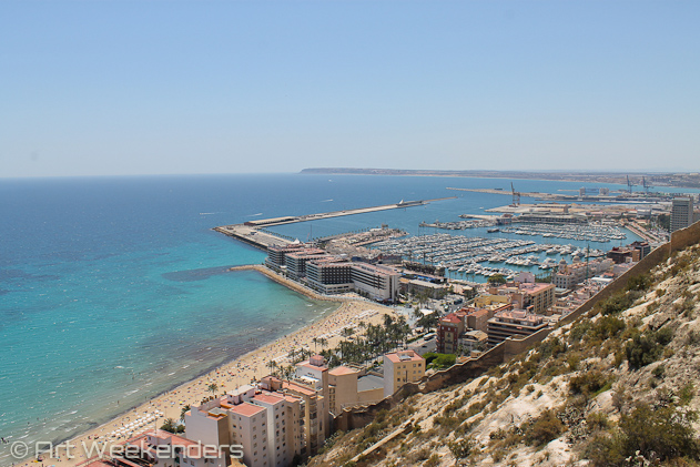 Spain-Alicante-view-over-beach-harbour