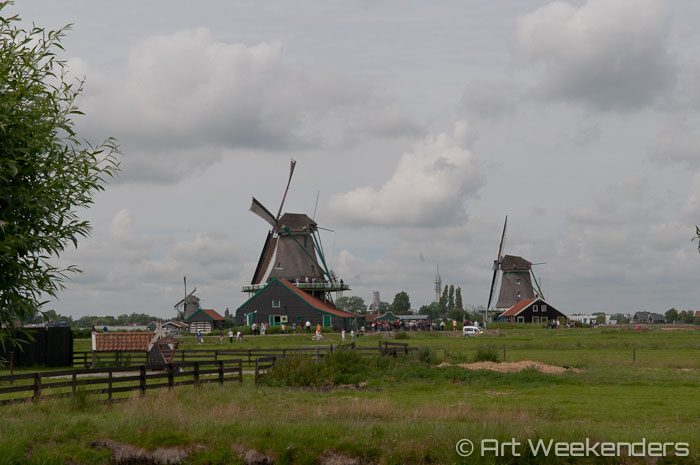 2014-The-Netherlands-windmills at zaanse schans