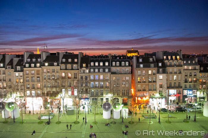 2015_France_Paris_Centre_Pompidou_by-night