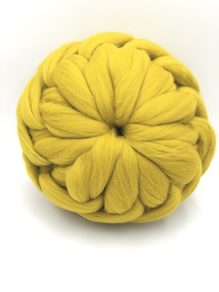 Mustard 27 cm - Chunky Knit Cushion - Ball Merino Wool Pillow