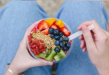 Yogurt con frutta e cereali, Instragam, 2014