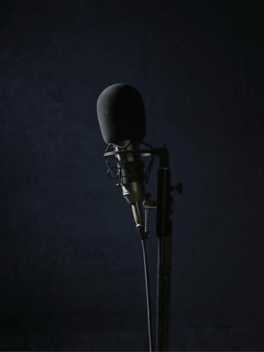 Love Radio - Anoek Steketee and Eefje Blankevoort