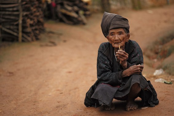 Coco Neuville - Project Myanmar