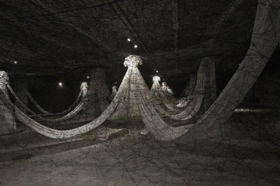Chiharu Shiota - Labyrinth of Memory