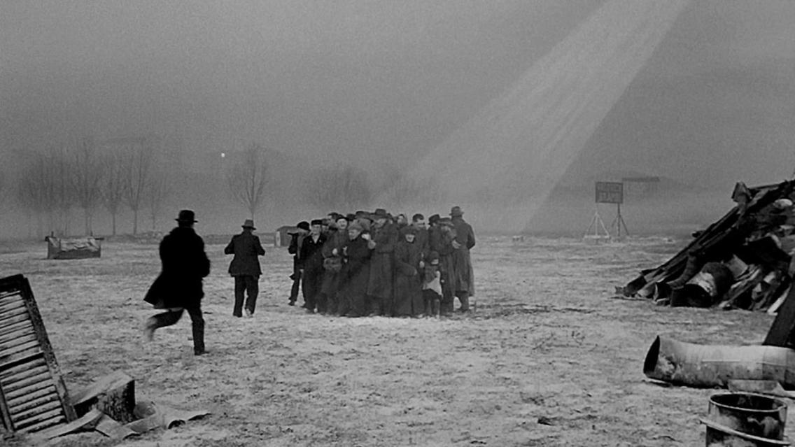 """fotogramma tratto dal film """"Miracolo a Milano"""""""