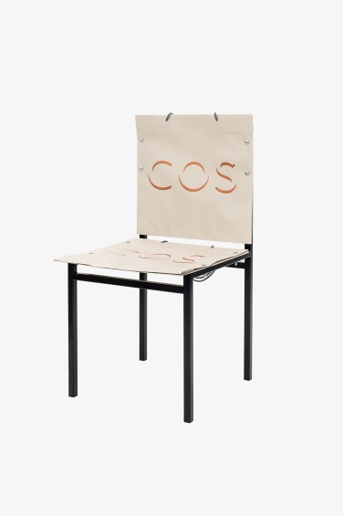 Simon Freund - shopping bag chair - Cos