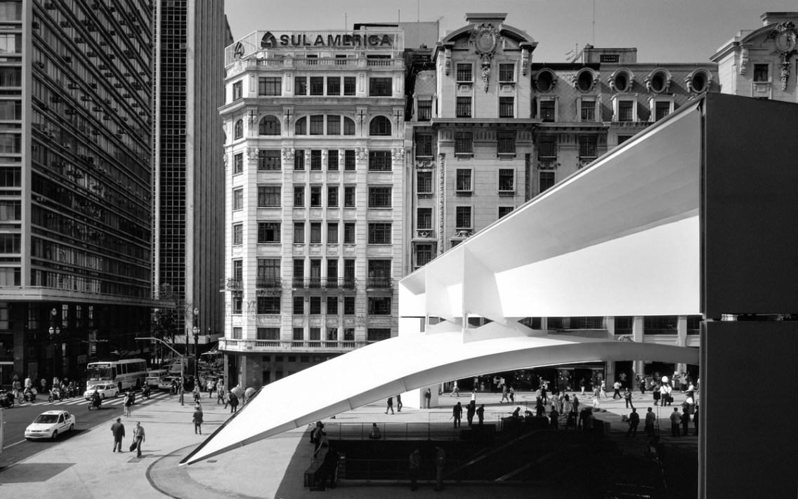 Mendes da Rocha, Praça do Patriarca - © Nelson Kon