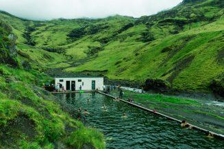 Á means river | Ísland – Luca Arena