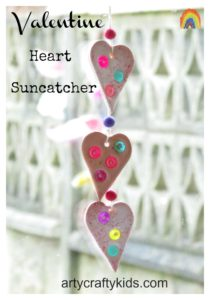 Arty Crafty Kids - Valentine Heart Suncatcher