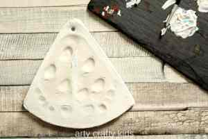 Arty Crafty Kids - Craft - Christmas Crafts for Kids - Baby Footprints Christmas Tree