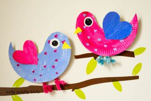 Arty Crafty Kids | Craft | Paper Plate Love Birds | Super cute paper plate Love Bird. An easy Valentine's craft for kids.