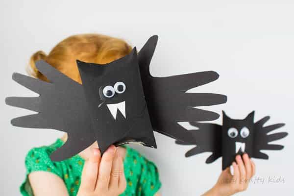 Arty Crafty Kids | Halloween | Easy Halloween Kids Crafts | Paper Tube Handprint Bat - A fun and easy Halloween Handprint crafts for preschoolers!