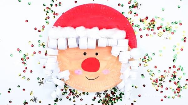 Arty Crafty Kids | Christmas | Paper Plate Mrs Claus Christmas Craft for Kids #christmascraft #Santacraft #Christmascraftsforkids