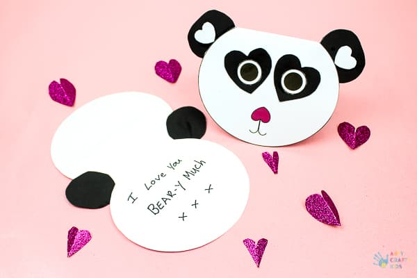 Arty Crafty Kids | Craft for Kids | Cute Printable Panda Card - an adorable printable card for kids to make. Perfect for Valentine's day, Mother's Day and special occassions #printable #mothersdaycard #valentinescard #papercraft #kidscraf