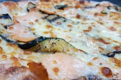 Pizza Salmone gorgonzola zucchine