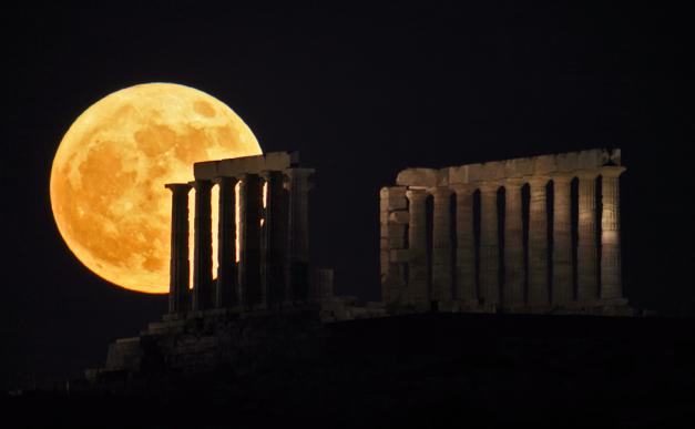 Το Σούνιο είναι 70 χιλιόμετρα μακριά από την Αθήνα. Εκεί βρίσκεται ο μαγευτικός ναός του Ποσειδώνα 3
