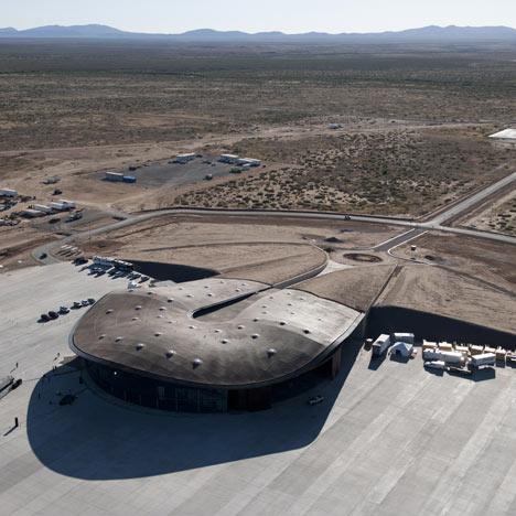 Οι Foster + Partners ολοκλήρωσαν τον πρώτο διαστημικό τερματικό στον κόσμο για τουρίστες στο Νέο Μεξικό.