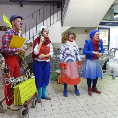 """Clowns Citoyens """"Conférence des Adaptateurs"""" - St Ouen - 15 12 15 autre1"""