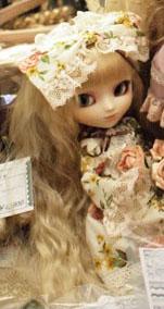 Pullip Flower Lolita Fair Hair 2010