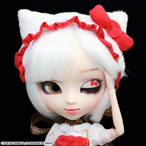 Zoom Pullip Hello Kitty eyes