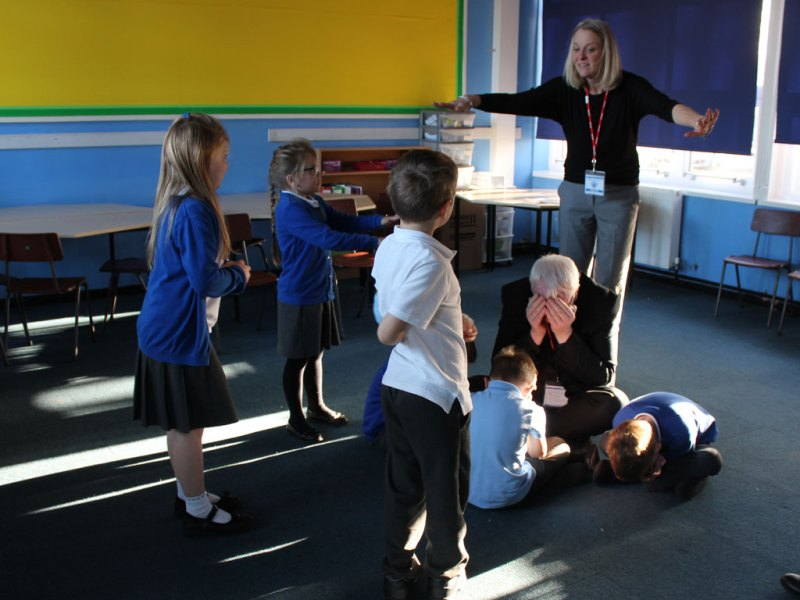 Shakespeare Workshops for Schools – KS1 – KS4 – The Play's The Thing!