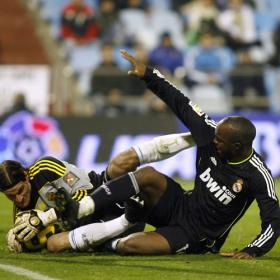 Lass, con el Madrid en el partido ante el Zaragoza.