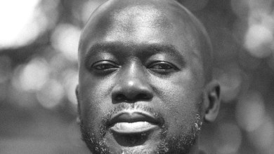 "Photo of Kwaku Sakyi-Addo hosts Sir David Adjaye on ""Sunday Night"" on Asaase Radio"