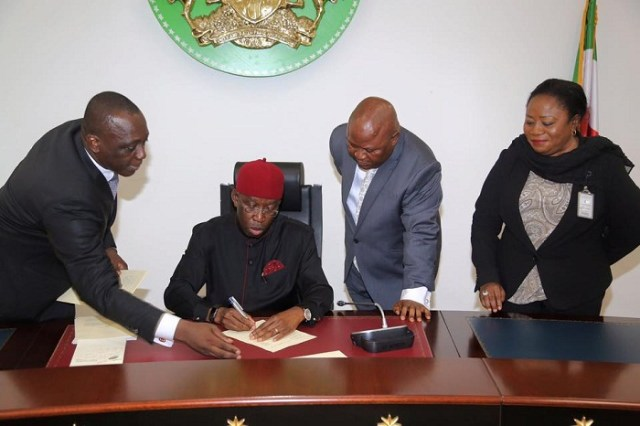 Governor Okowa Signs 2017 Budget