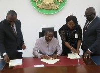 Governor Okowa Signing the 2018 Delta State Budget of N308bn into law on Monday, December 18, 2018