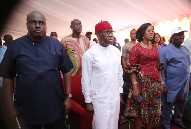 Delta State Governor, Senator Ifeanyi Okowa (2nd left); his wife, Dame Edith (2nd right); former Governor, Chief James Ibori (left), and the Speaker of the State House of Asseembly, Rt Hon Sheriff Oborevwori (right), during the Commissioning of the Starlite Hope Initiative women Free Clinic at Ugbenu, Ethiope West LGA.