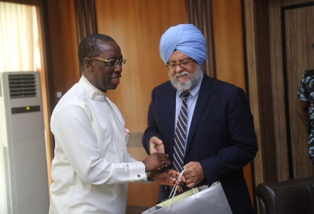 Delta State Governor, Senator Ifeanyi Okowa (left) and the Task Team Leader (Seefor Project), Parminder Brar, during a courtesy callon the Governor, in Government House Asaba.