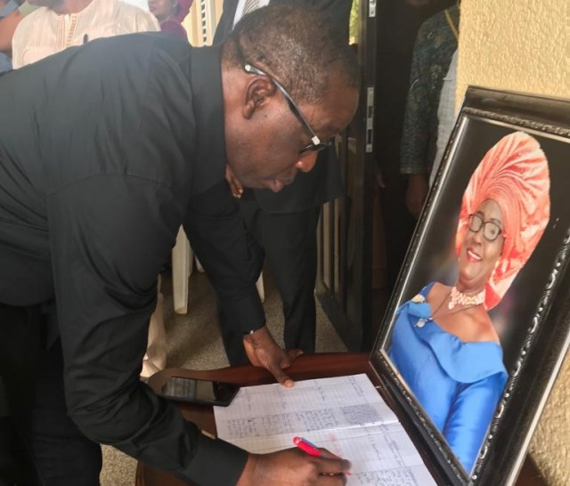 Governor Okowa Signing the Condolence Register in Honour of late Mrs Lizzy Umukoro