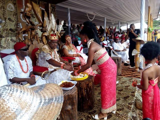 His Royal Majesty Igwe Chidubem Iweka III, Eze Obosi Kingdom performing the Obiora Iwaji Festival