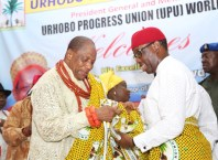 Delta State Governor, Senator Ifeanyi Okowa (right) the President General of Urhobo Progress Union (UPU) Worldwide, Olorogun Moses Taiga, during the 87th Annual National Congress and Awards of Honour/Carnival 2018, Organized by Urhobo Progress Union (UPU) Worldwide.