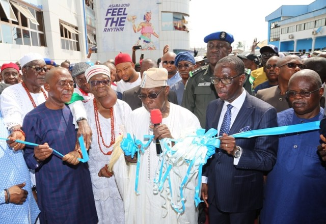 Delta State Governor, Senator Ifeanyi Okowa (2nd right); former President of the Federal Republic of Nigeria, His Excellency, Chief Olusegun Obasanjo (middle); Senator James Manager (left); Chief Solomon Ogba (right) and Other's, during the Official Opening and Commissioning of Stephen Keshi Stadium, Asaba.