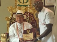 King Charles Ayemi-Botu (JP) OFR, Monarch of Seimbiri Kingdom Receiving the Ijaw National Merit Award 2018 Traditional Ruler of the Year.